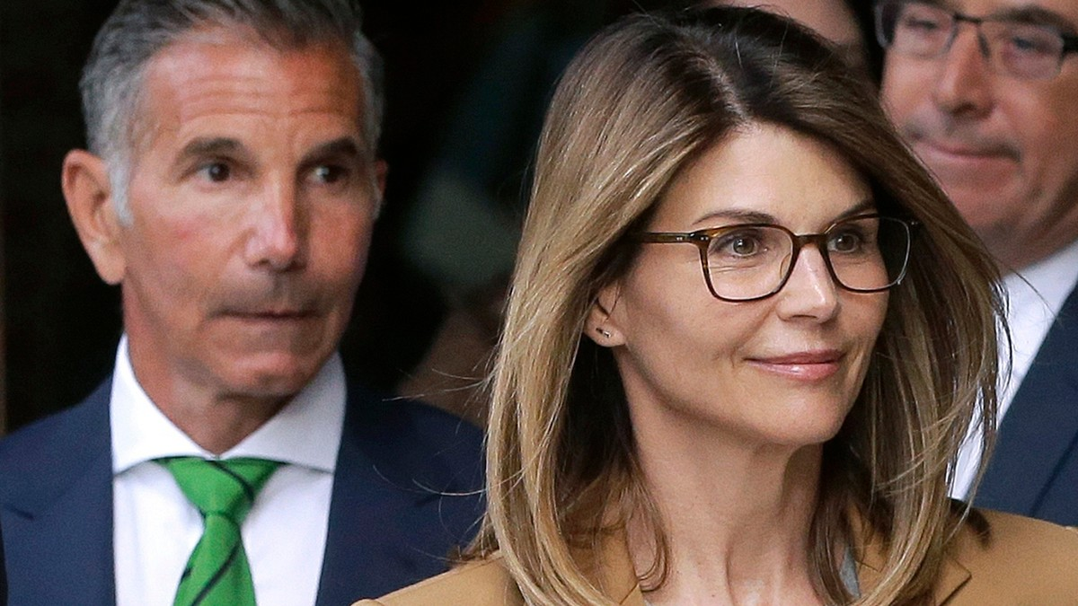 , Lori Loughlin's 'Awful Decision' Just Got Her 2 Months in Prison, Saubio Making Wealth