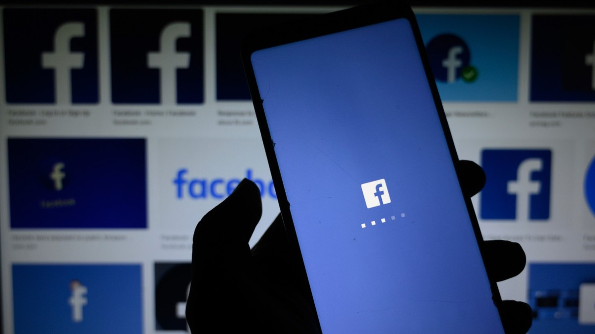 Facebook Says it Will Stop Operating in Europe If Regulators Don't Back Down