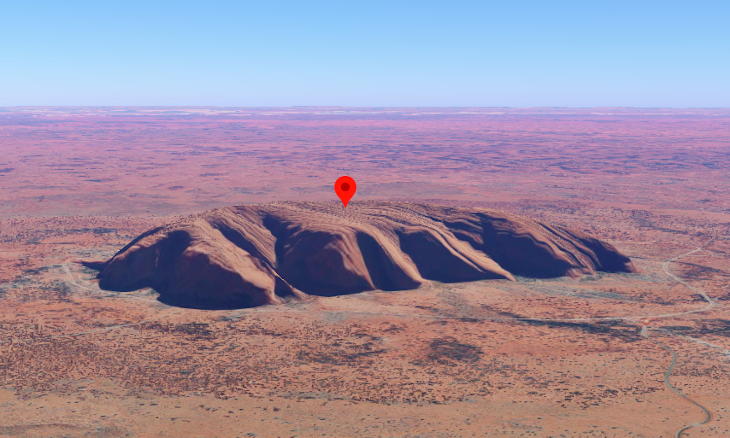 People Were Using Google Maps to 'Climb' Uluru. Now Google Has Stepped In