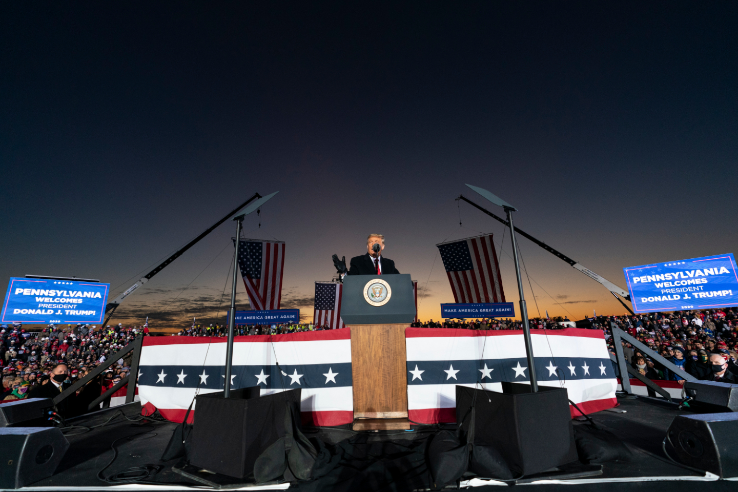 , Trump Has Now Abandoned Rallygoers in Freezing Cold, Scorching Heat, and Dead of Night, Saubio Making Wealth