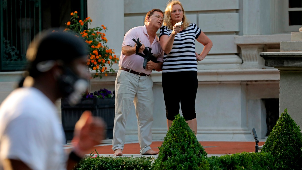 , The St. Louis McCloskeys Have a Lot Feelings About the Gun Photo That Made Them Famous, Saubio Making Wealth