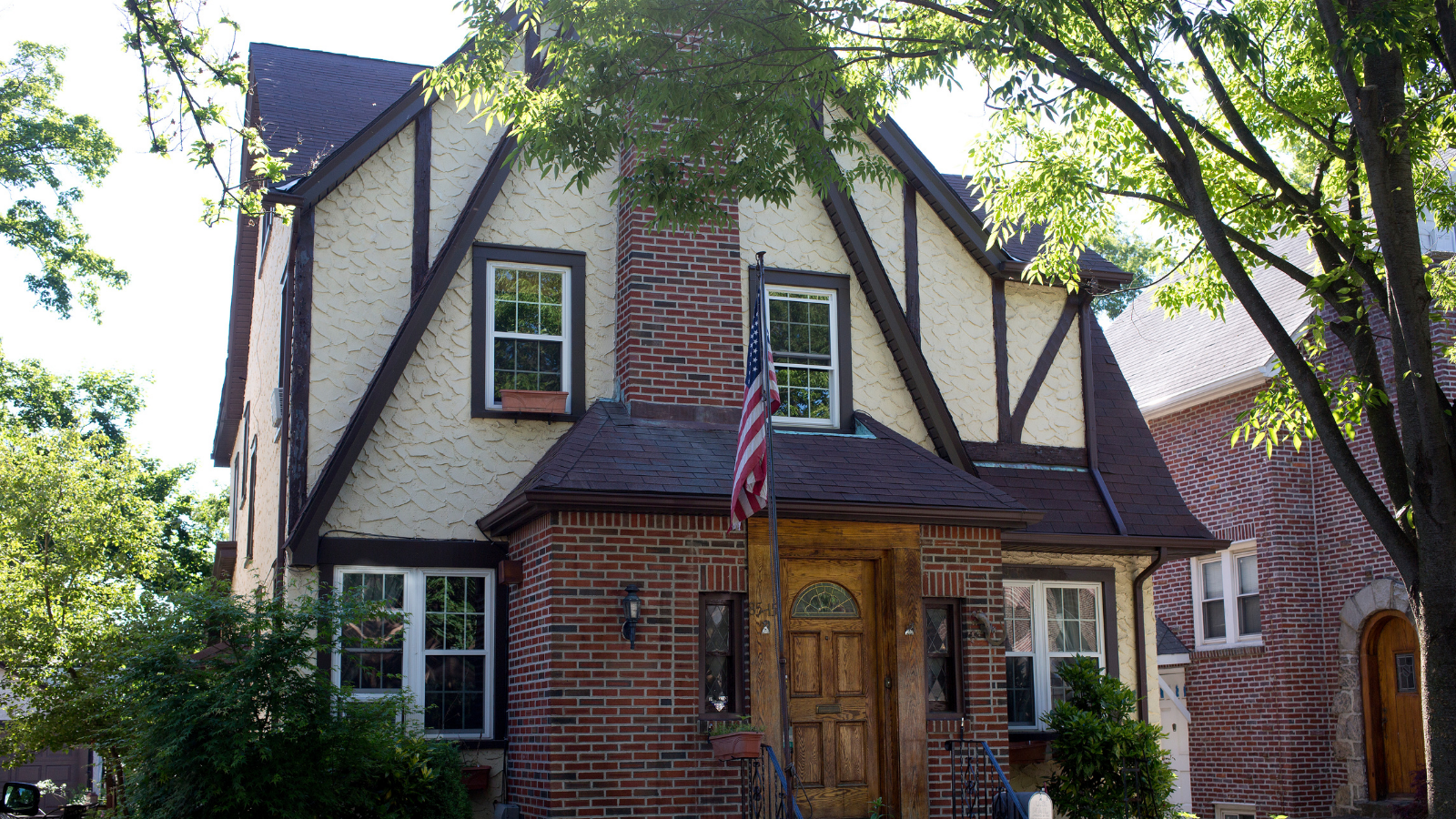 , The Owner of Trump's Childhood Home Wants $3 Million to Turn it Into a 'House of Worship', Saubio Making Wealth