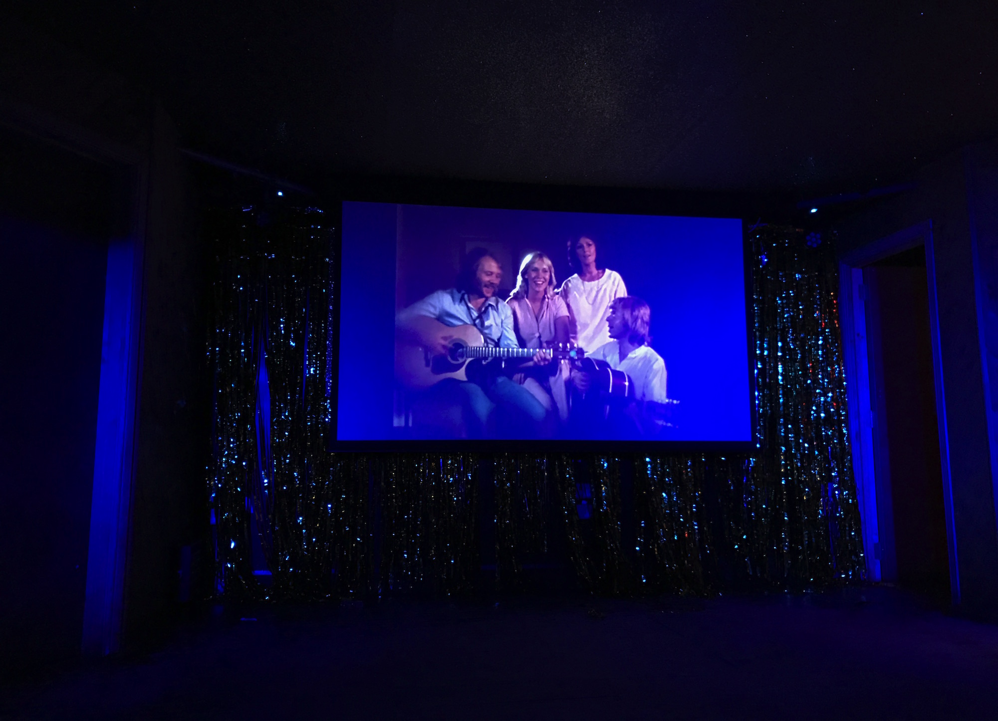 I Found the Meaning of Life at an Abba-Themed Club Night - VICE