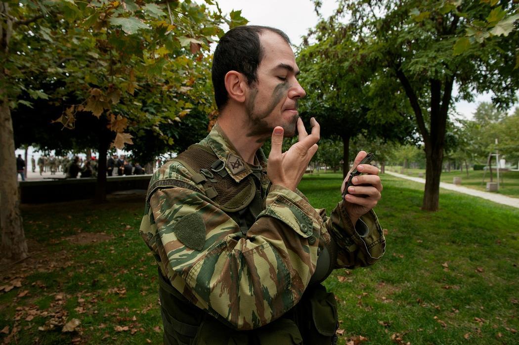 τα πλεονεκτήματα και τα μειονεκτήματα του να βγαίνεις με κάποιον στο στρατό ελευθερολόγηση υπηρεσία γνωριμιών