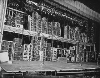 the wall of sound motherboard the alembic pa at the boston music hall 30 1973 photo courtesy richard pechner