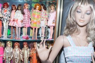 17000 Barbies Wir Haben Die Weltrekordhalterin Im Barbies Sammeln