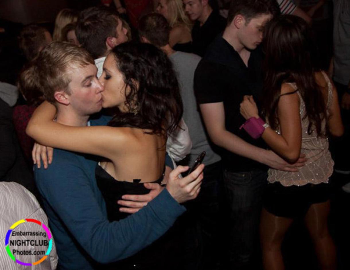 Русский секс в клубах, Порно вечеринки - секс в клубе на 24 видео 1 фотография