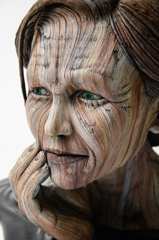 hyperrealistic sculptures make clay look like wooden humans creators