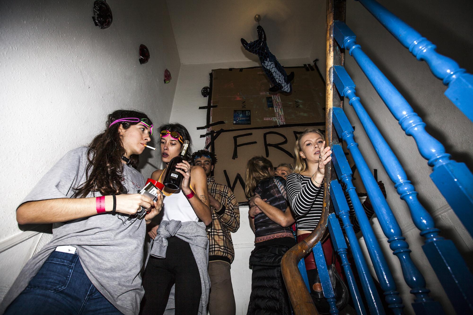 Свингер клуб в с петербурге, Свинг в Питере, поиск знакомств 27 фотография