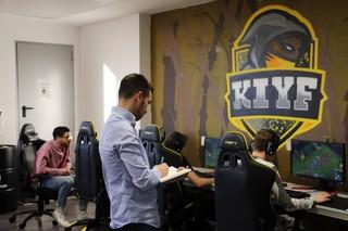 Entrenador-Kiyf-Equipo-Profesional-League-of-Legends-eSports