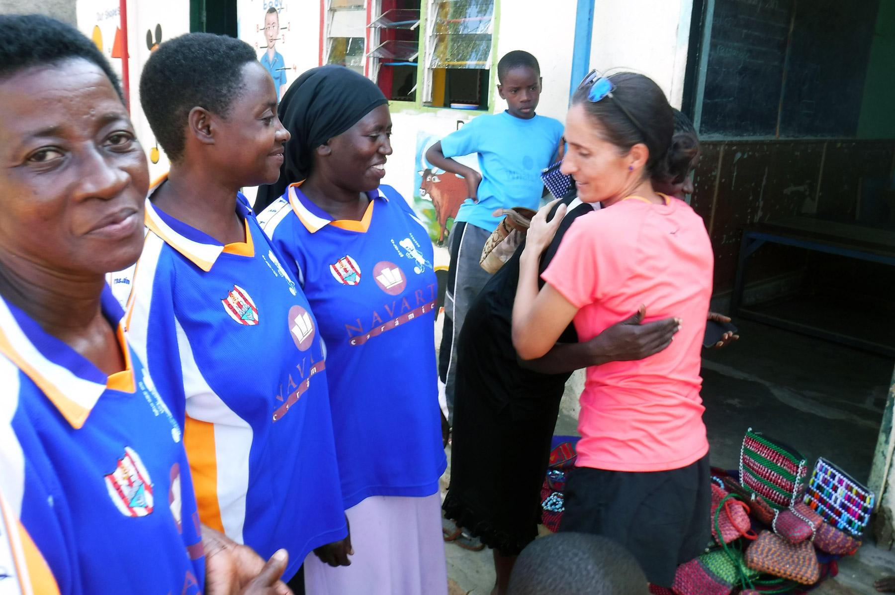 Patricia-Campos-Ejercito-Futbol-ONG-Uganda-Sida