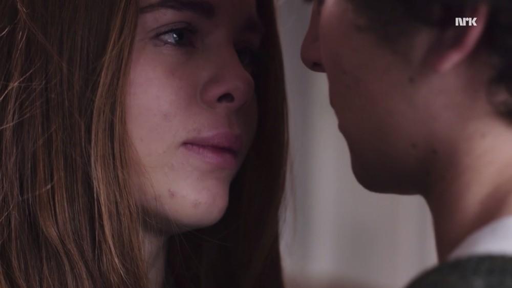 tonårs dejting kyssarfri Lufts människa online dating