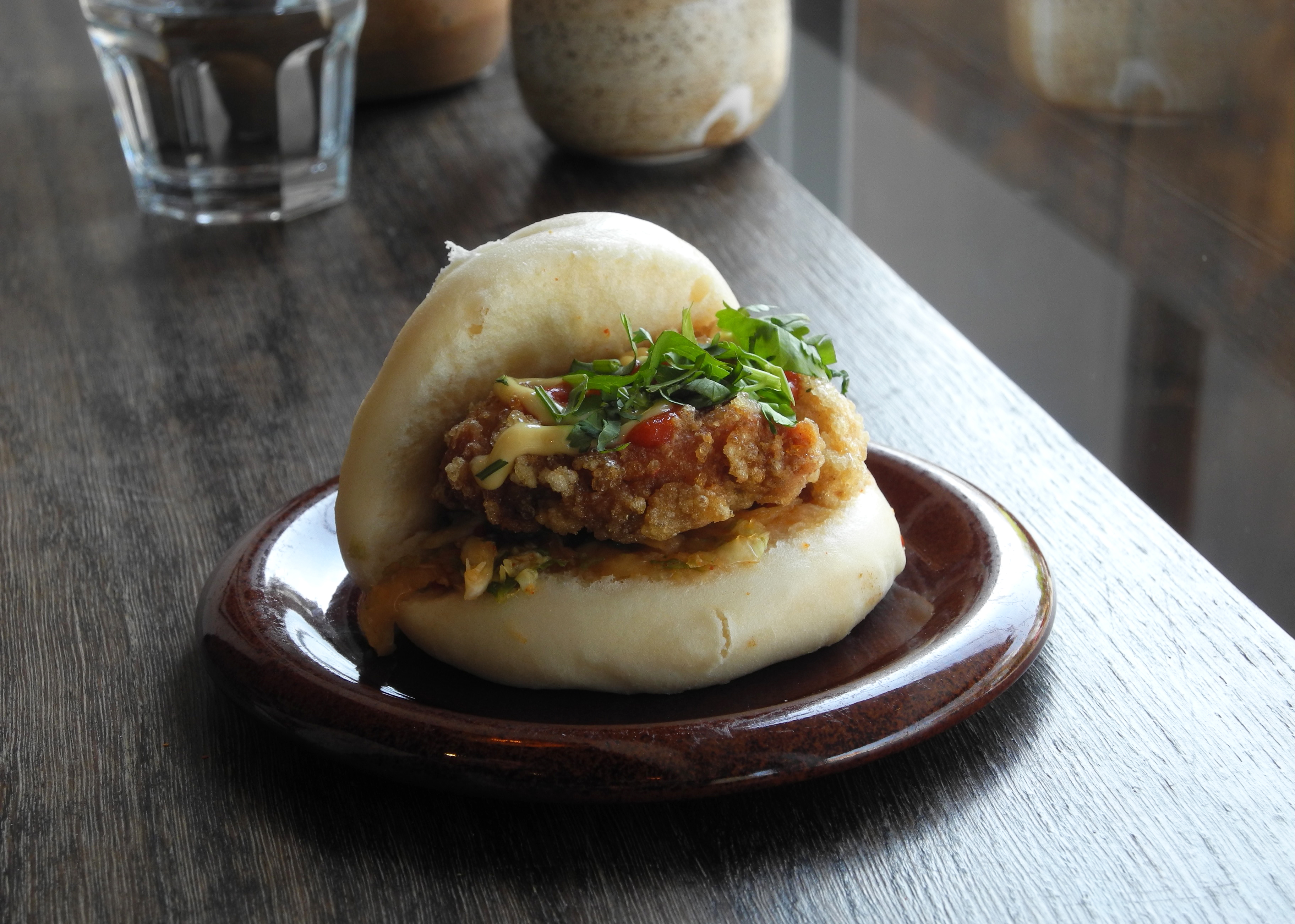 mr baous bao with fried chicken kimchi and wasabi mayo with en baos
