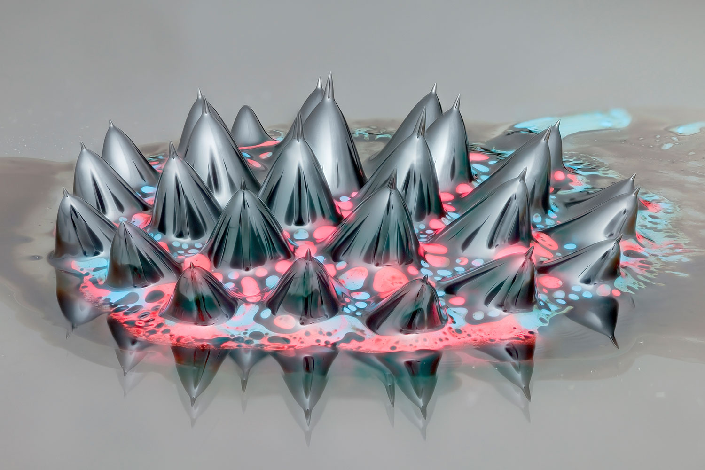 Pourquoi prendre des psychotropes quand on peut se contenter de mater des ferrofluides ?