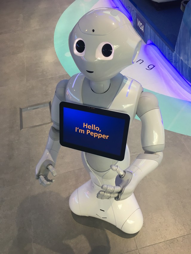 I Talked to Four Humanoid Robots and They're Mostly Dumb as