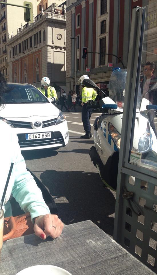 Esperanza Aguirre carril bus arroyar agente movilidad