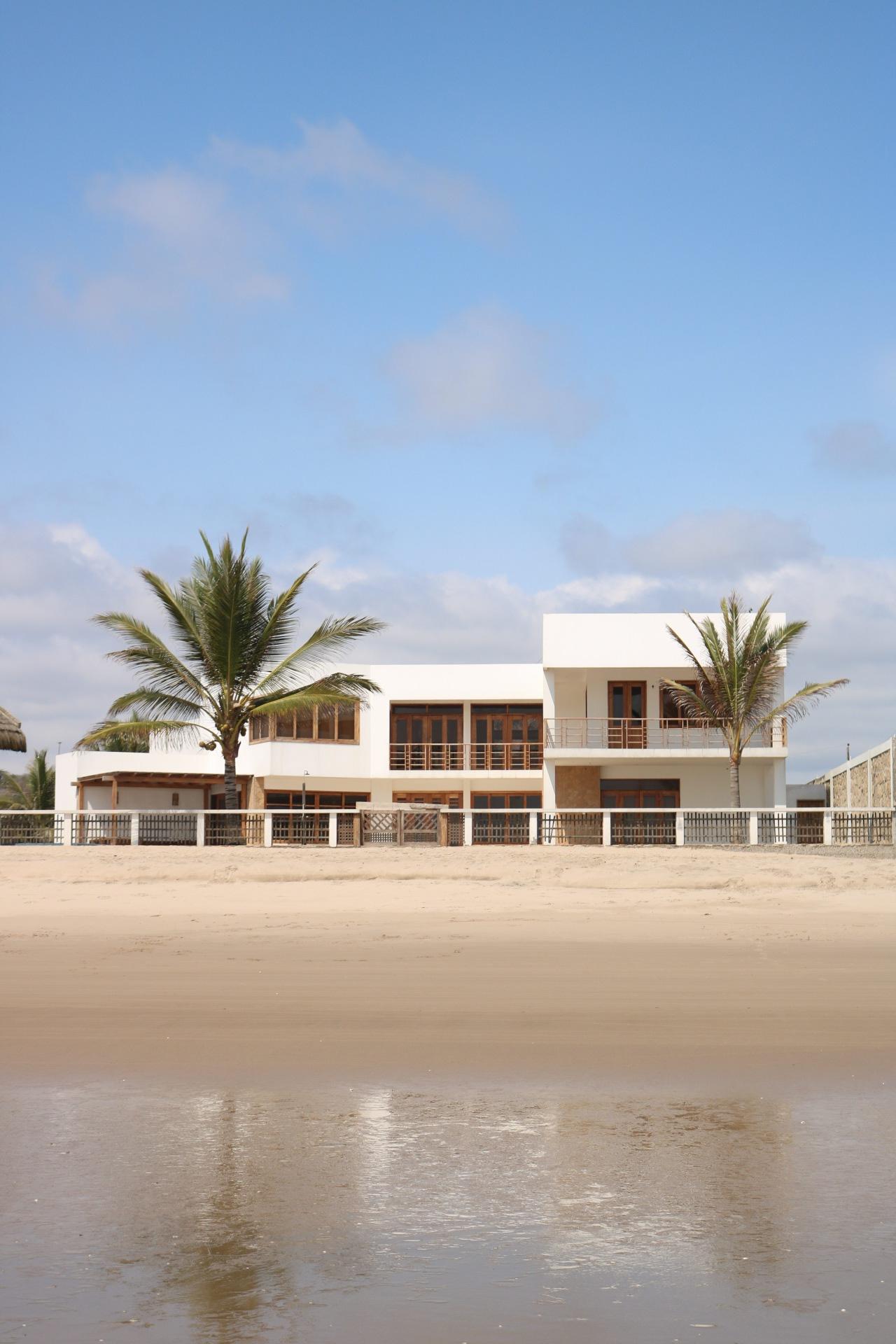 Fotos ir nicas de casas lujosas en las que nadie vive vice - Inmobiliaria marea ...