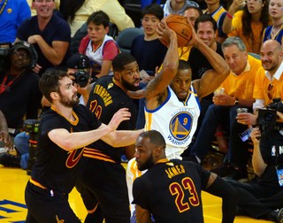 Andre Iguodala versus the Cavs