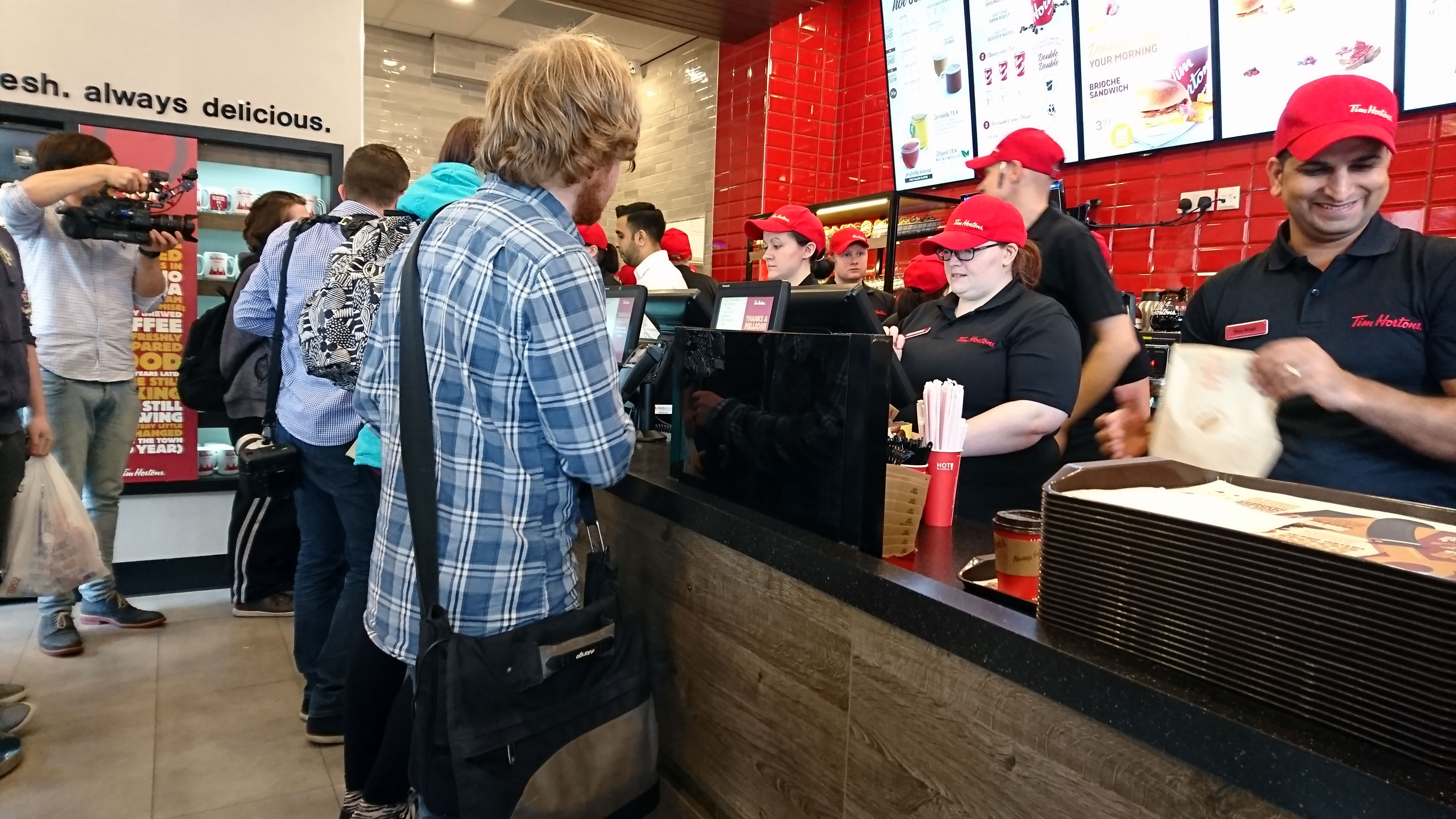 tims coffee shop business analyst Tim hortons, a cult favorite in its canadian homeland, is making a bigger push into the us, betting it can win over americans addicted to frappuccinos and dunkin' donuts the coffee chain.