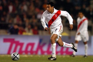 Solano in action for Peru in 2004 // PA Images