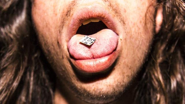 gente drogada entrevistas vida significado alcohol mdma ketamina setas lsd pastillas glastonbury