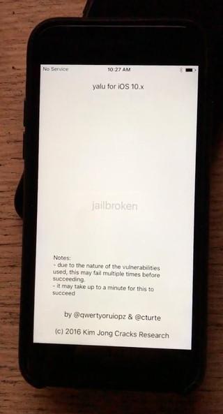 O iPhone 7 do autor após ser desbloqueado por Luca Todesco. Crédito: Lorenzo Franceschi-Bicchierai/Motherboard
