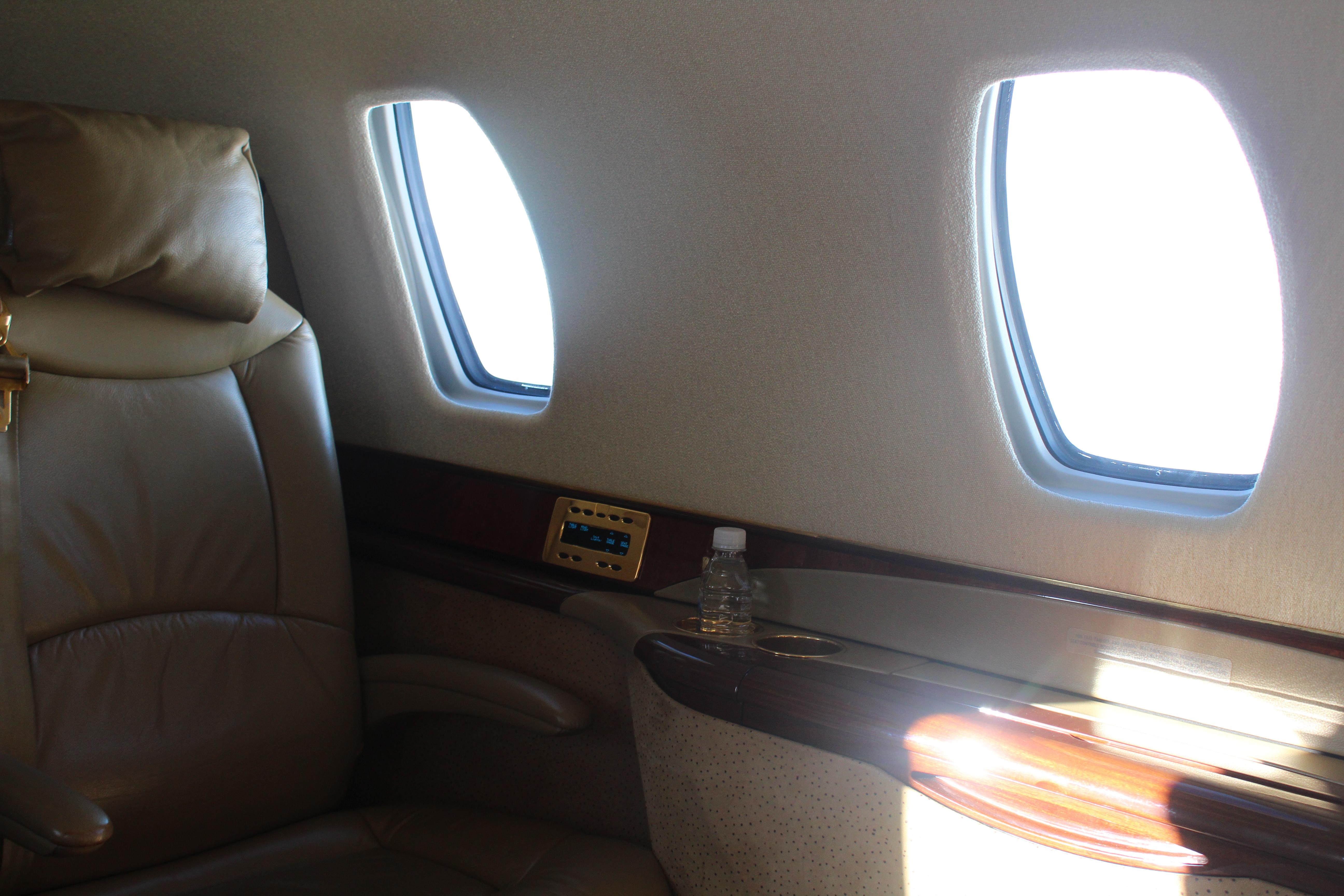 Oral fuck my flight attendant private jet