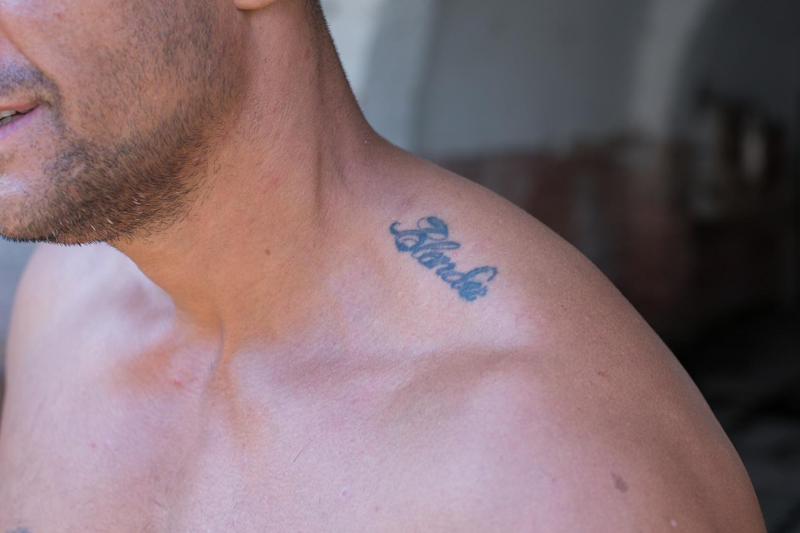 Estremamente Un po' di detenuti parlano dei tatuaggi che si sono fatti in  AA13