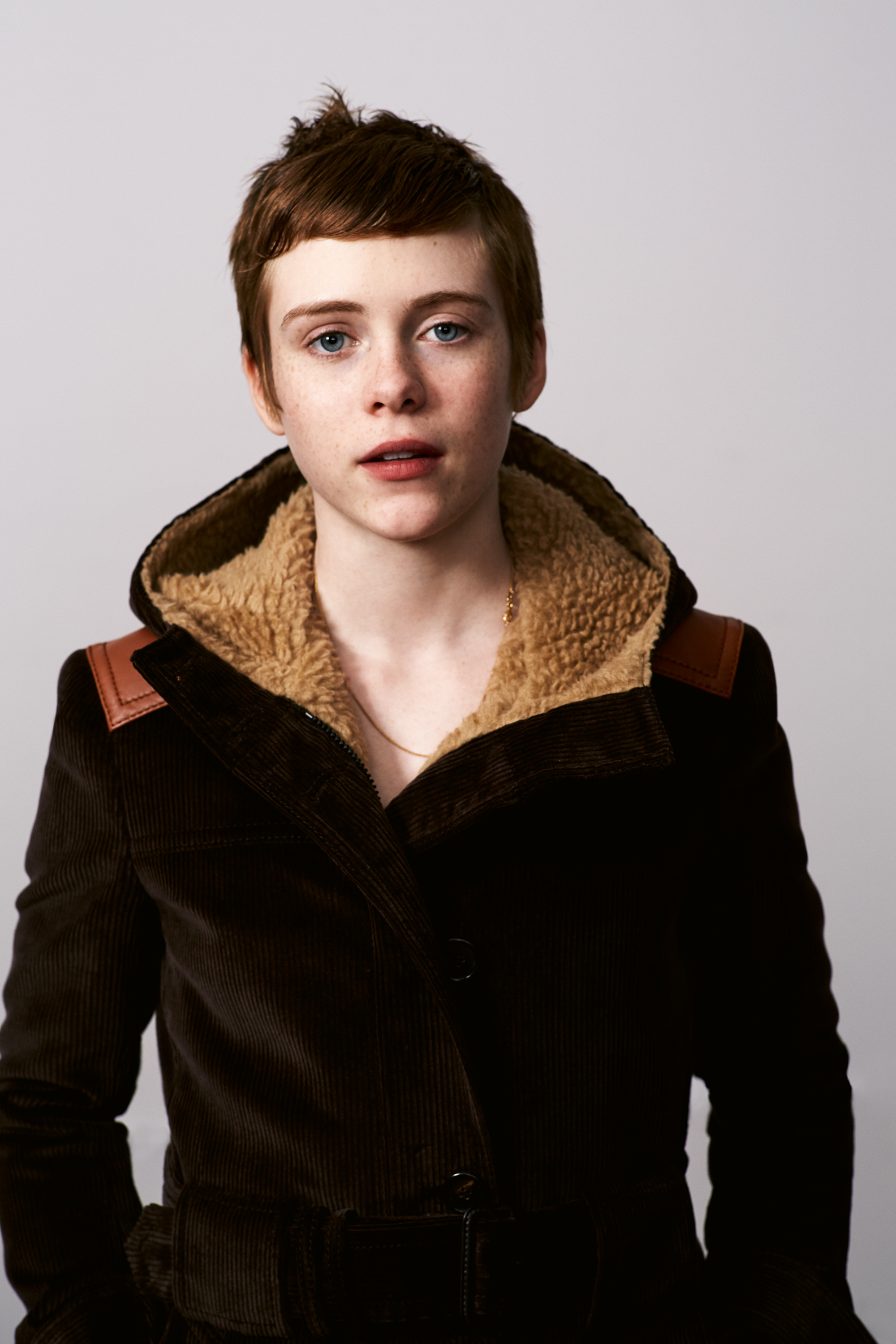What S Giving Sophia Lillis The Shivers I D