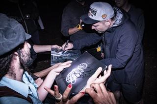 dj shadow endtroducing signed 2017 live