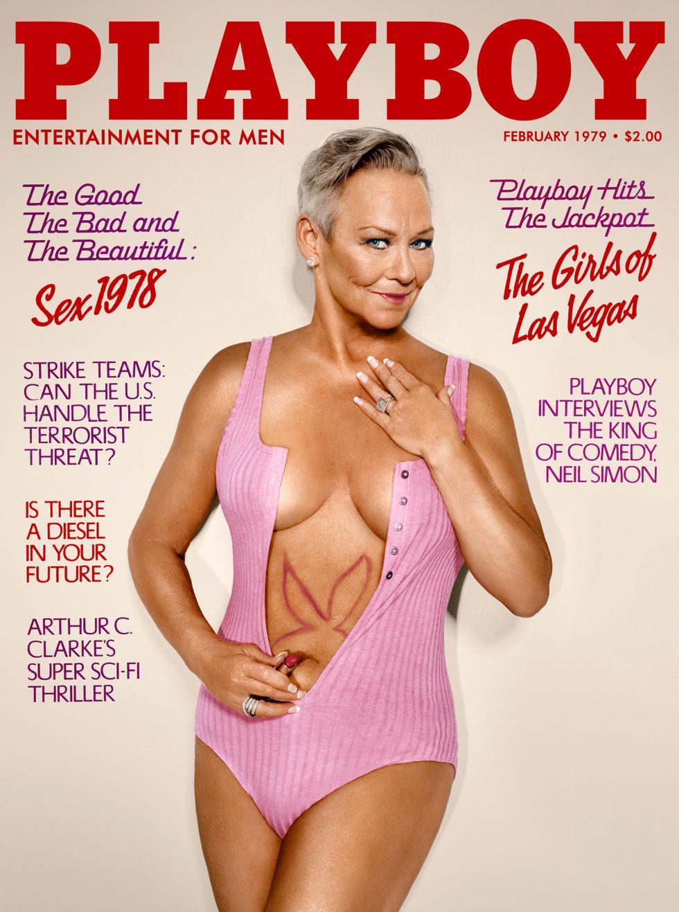 Playboy modeller naken bilder sexiga ebenholts lesbiska scissoring