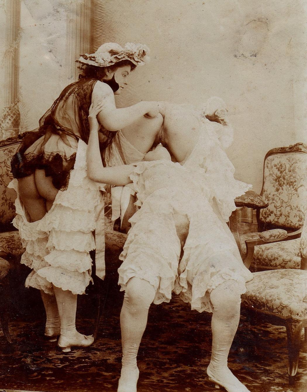 Vintage μαύρες εικόνες πορνό