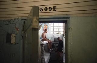 dexter-afro-x-509-e-gevangenis-brazilie-Carandiru-João-Wainer