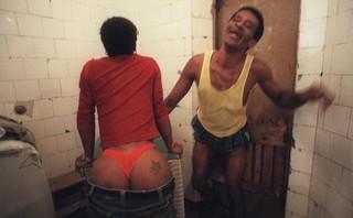 gevangene-kont-gevangenis-brazilie-Carandiru-João-Wainer