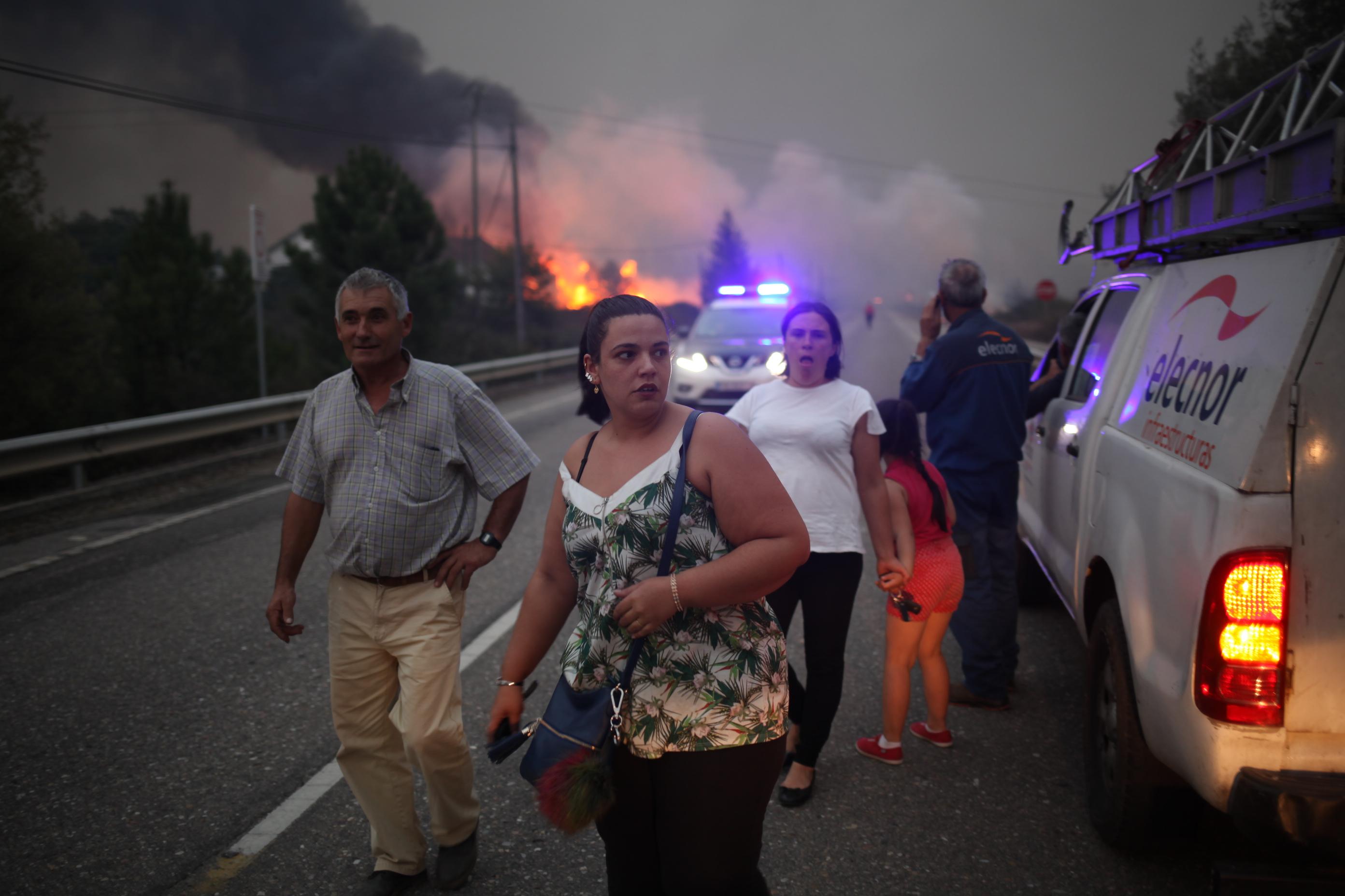 incendios en Galicia As Neves arde galicia