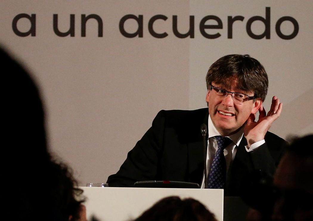 ===Las diferencias de...=== 1508419103068-Puigdemont-Juan-Medina