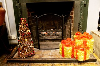1512388743830-christmas-pub-the-alexandra3