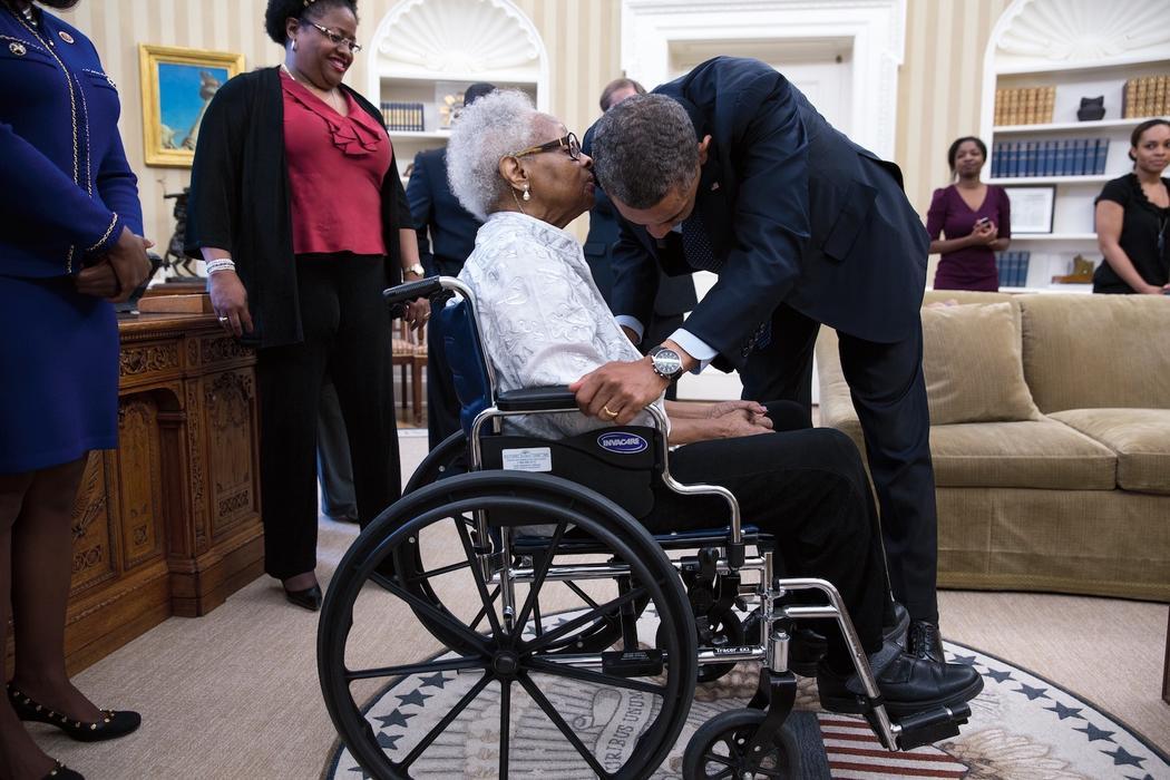 Obama un portrait intime vice for Article de bureau denis