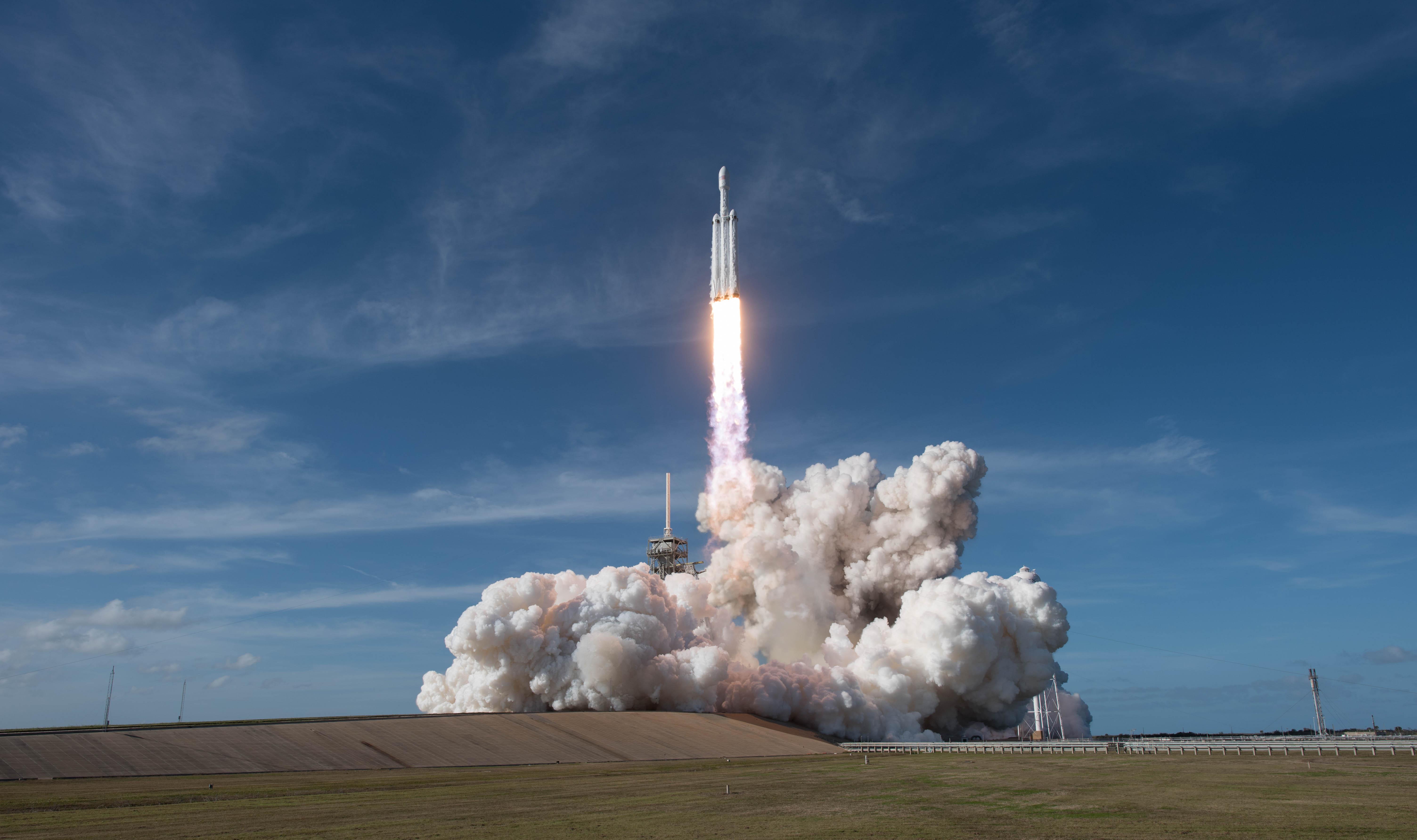 spacex falcon heavy rocket - HD6015×3566