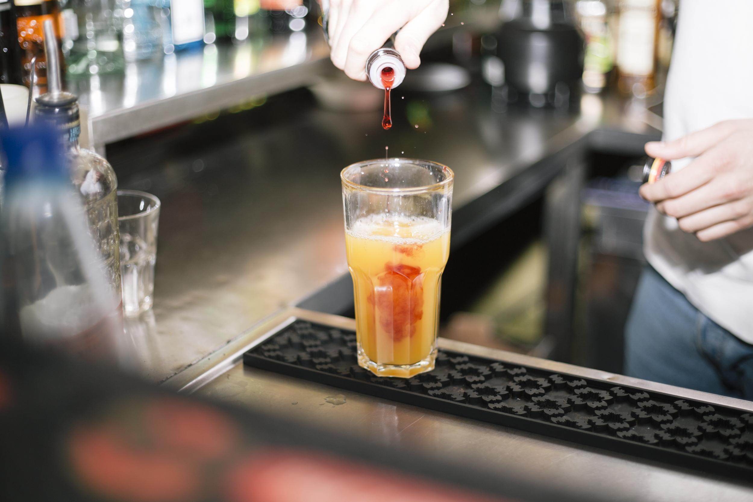 Groß Barkeeper Fortsetzungsformat Zeitgenössisch ...