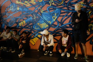 16 Baris' Is a YouTube Cypher Show That's Reviving Malaysian