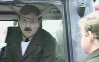 Franz Fuchs mit Untersuchungsrichter Nauta beim Lokalaugenschein