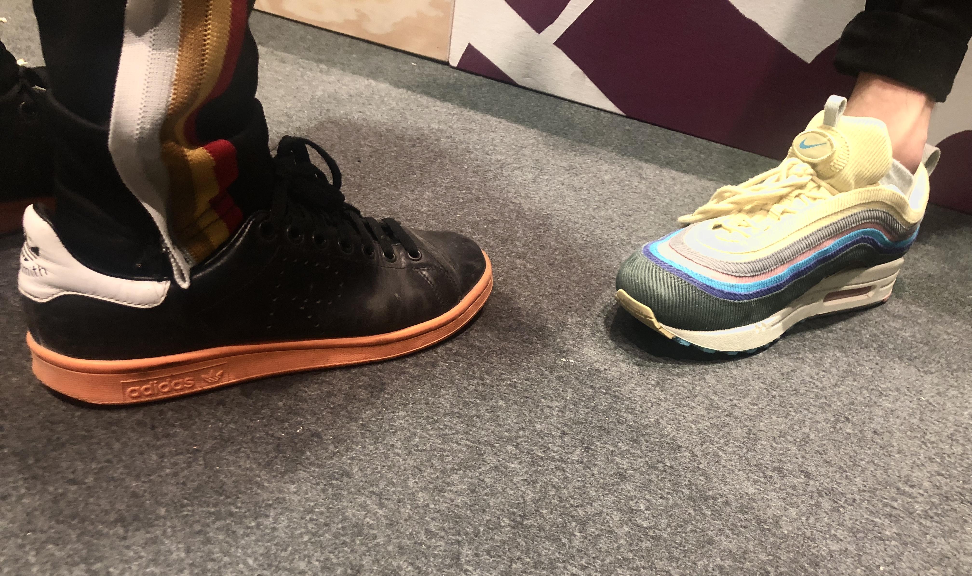 Diese teenager geben bis zu 800 euro f r sneaker aus vice for Wohnlandschaft bis 800 euro