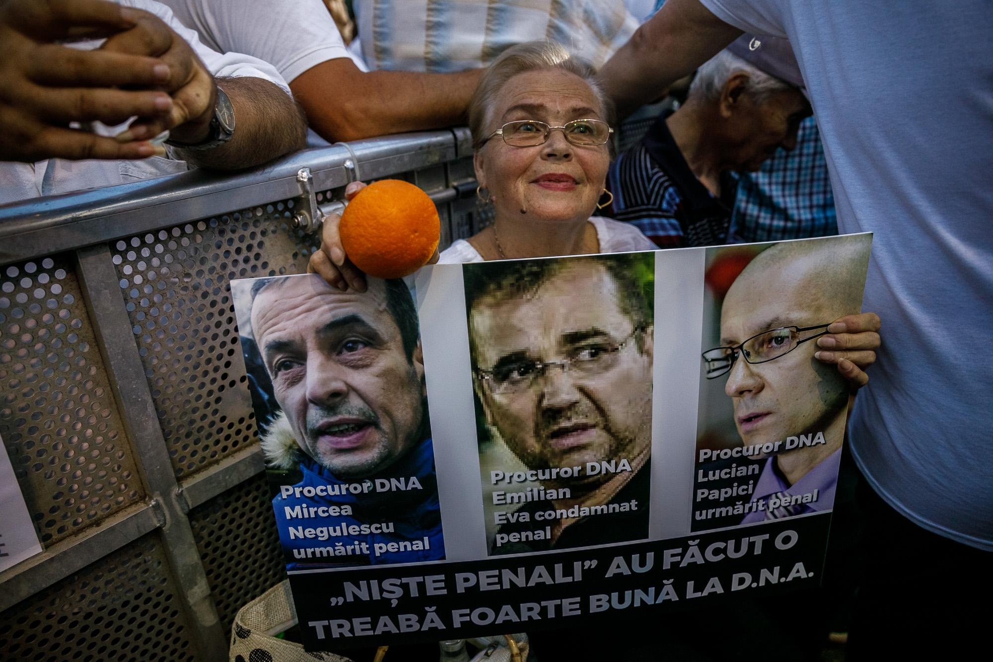 Cine va pierde de pe urma mitingului PSD-ALDE - Pagina 2 1528636317913-miting-psd-9-iunie-154