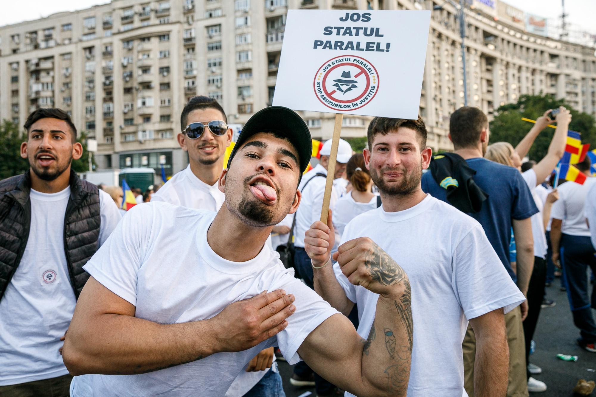 Dragnea - Cine va pierde de pe urma mitingului PSD-ALDE - Pagina 2 1528636422248-miting-psd-9-iunie-111