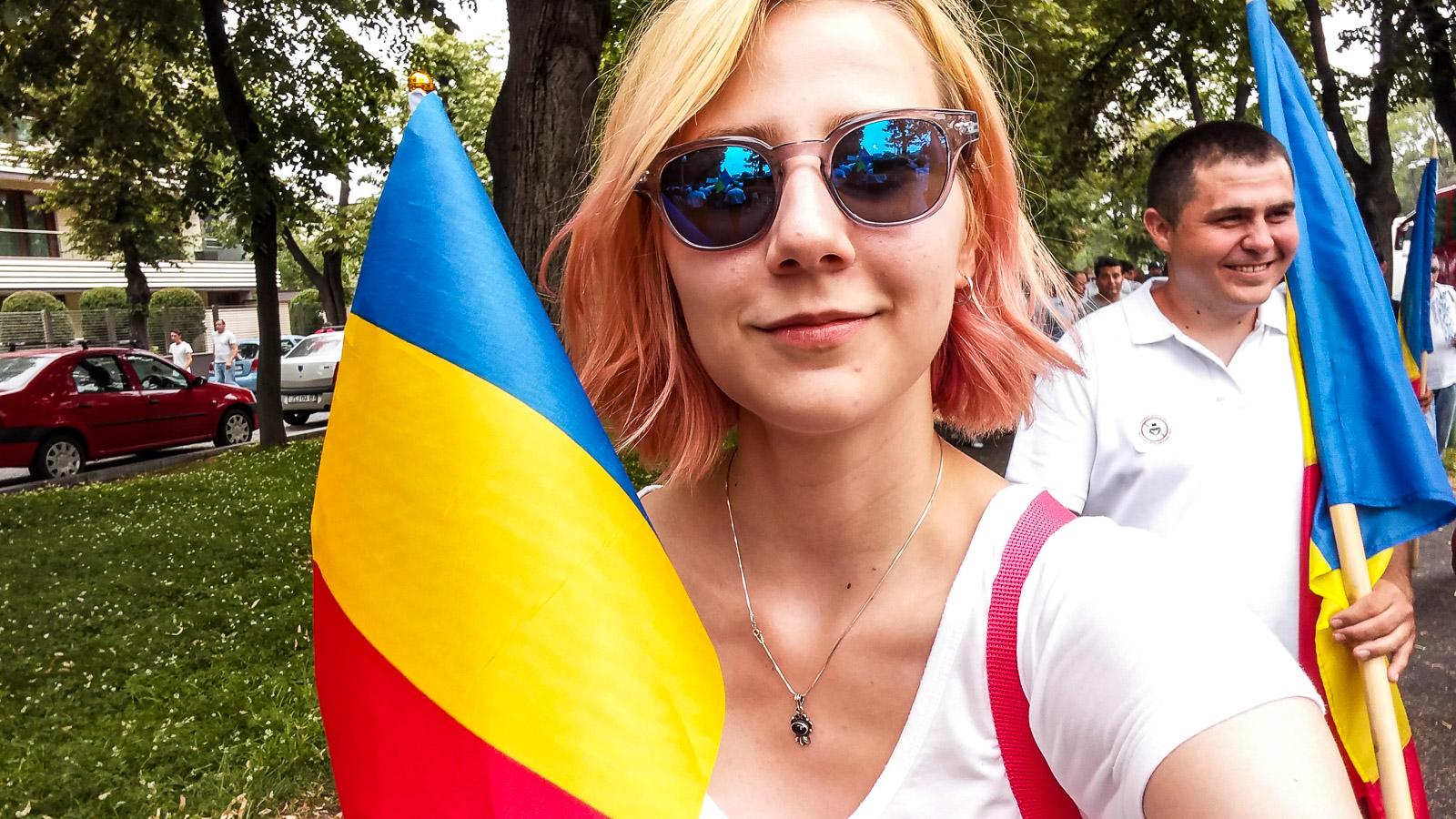 Dragnea - Cine va pierde de pe urma mitingului PSD-ALDE - Pagina 2 1528640088381-Miting-PSD-oamenii-din-Vaslui-11
