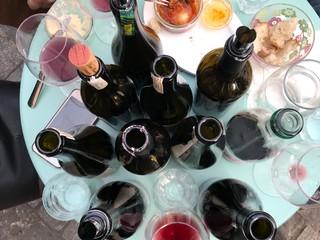 1530874259742-bottiglie4