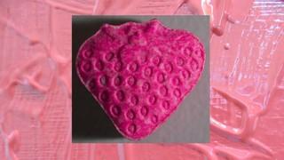 1530887724723-ecstasy-pille-rosa-erdbeere