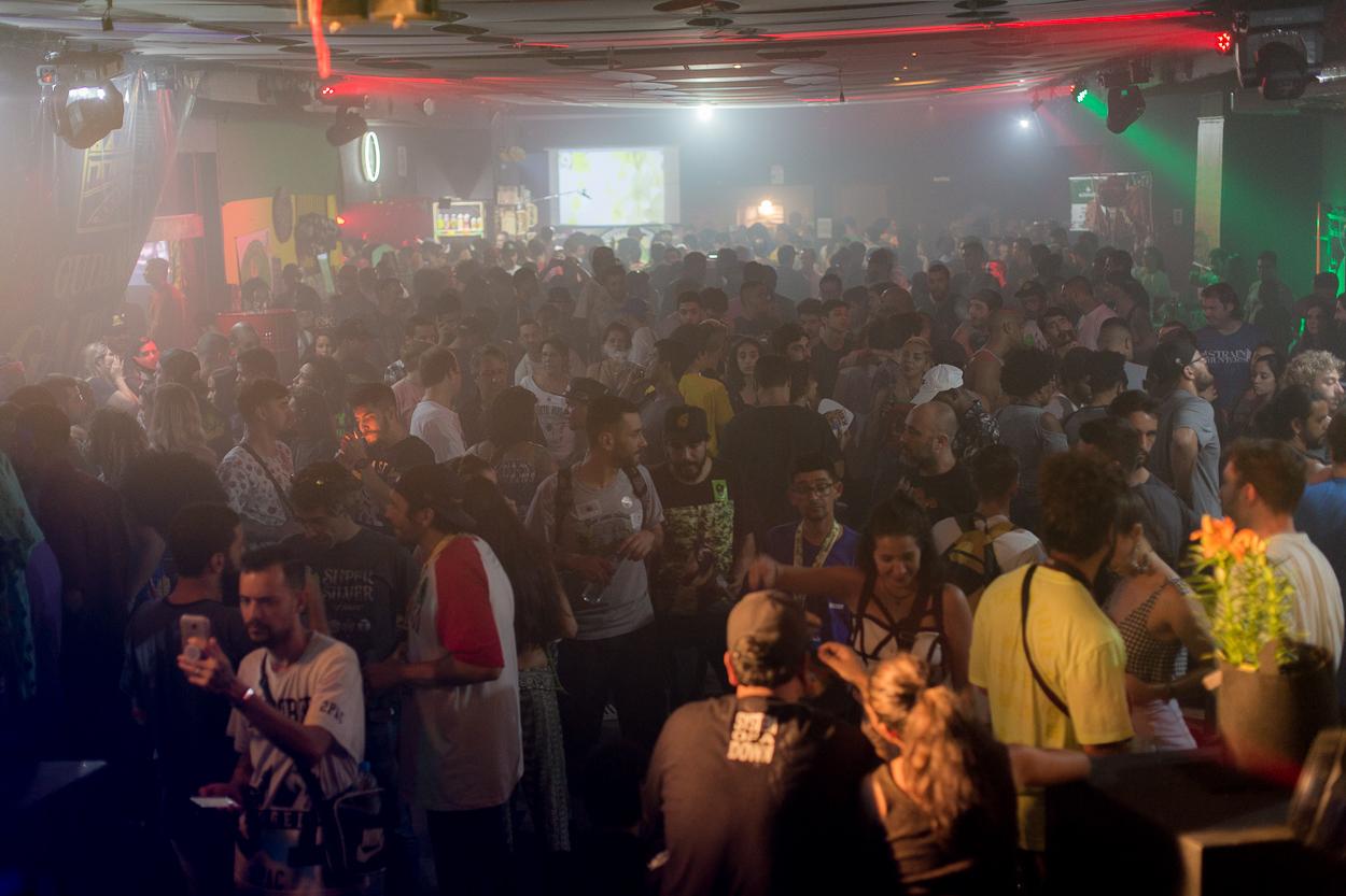 Por dentro da principal feira de negócios da indústria de cannabis legal no Brasil