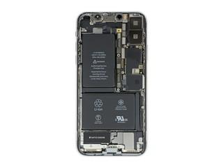 Ein echtes iPhone X von innen.
